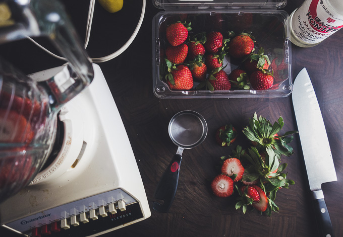 ingredients for strawberry sauce