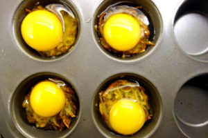 CHEESY HASH BROWN BAKED EGG TARTS