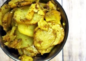 Buttery Curried Potatoes - Simple Side Dishes