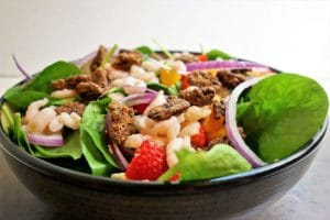 Strawberry Salad with Spinach, Blue Cheese and Candied Pecans
