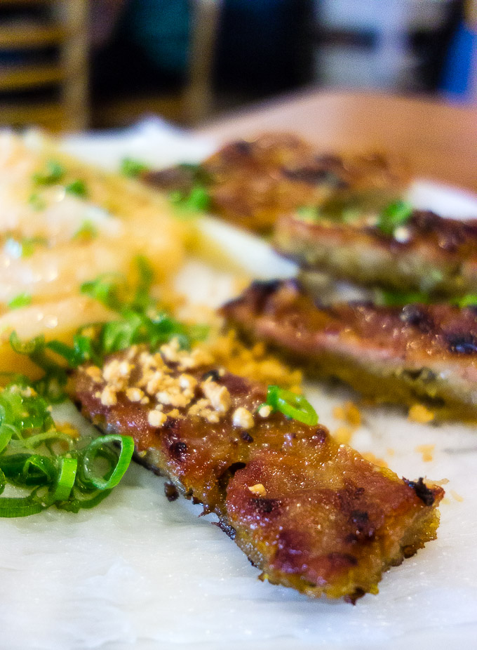 grilled pork over rice noodles with peanuts and green onions, best vietnamese restaurants in san diego